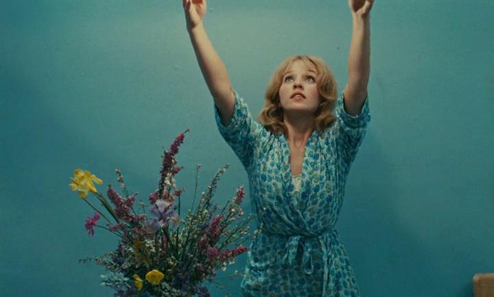 Una scena del film Il Verde Prato Dell'Amore diretto da Agnes Varda
